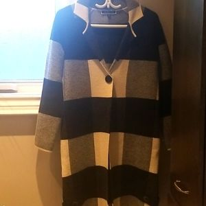 Melanie Lyne XS transition Coat/Sweater